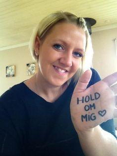 Mille: Jeg skal i dag til samtale på Herlev Hospital og have svar på min scanning. Jeg har været igennem operation, kemo - og strålebehandling for livmoderhalskræft, og jeg håber inderligt at det har givet pote. Hold om mig, giv mig styrke. Wish me luck! #HOLDOMMIG