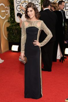 Lizzie Caplan: dress by Emilio Pucci, clutch by Rauwolf. Golden Globes 2014.