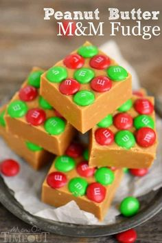 This Outrageous Peanut Butter M&M's Fudge is so creamy and delicious and is topped with festive holiday M&M's! Perfect for Christmas!