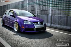 ( ) prob the nicest vw i have ever laid my eyes on sorry doubled up on pictures! Golf Gti R32, Dropped Trucks, Vw Cars, Volkswagen Golf, Porsche 911, Cars And Motorcycles, Dream Cars, Audi, Vehicles