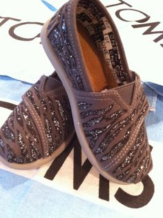 custom toms shoe