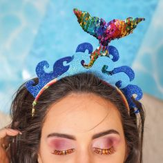 Discover recipes, home ideas, style inspiration and other ideas to try. Brazil Carnival, Mermaid Theme Birthday, Kids Headbands, Fancy Hats, Festival Outfits, Diy Costumes, Holidays And Events, Headdress, Diy Hairstyles