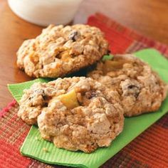 Oatmeal Cookie Recipes from Taste of Home, including Apple Oatmeal Cookies Recipe