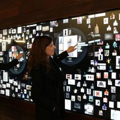 You might have seen touch video wall in various public spaces or collaboration environments. Have you wondered why it is a common notion? Interactive Projection, Interactive Exhibition, Interactive Board, Interactive Installation, Wall Installation, Interactive Design, Exibition Design, Exhibition Models, Digital Retail