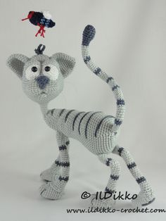 Following this pattern Kit the Cat will be approximately 30 cm by 25 cm. The pattern is available in English (American terminology) and can be purchased in my Etsy shop or on Craftsy. The pattern is very detailed and contains a lot of pictures. After completion of your order the PDF file containing the pattern […]