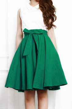 360 Retro High Waisted Full Skirt : The Art of Vintage-inspired & Cute Women's Clothing | Larmoni