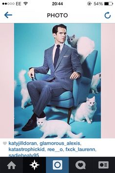 Jimmy Carr // Cats