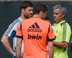 Xabi Alonso Photos: Real Madrid Training Session