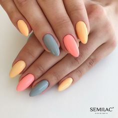 On average, the finger nails grow from 3 to millimeters per month. If it is difficult to change their growth rate, however, it is possible to cheat on their appearance and length through false nails. Perfect Nails, Gorgeous Nails, Pretty Nails, Fabulous Nails, Simple Acrylic Nails, Best Acrylic Nails, Colorful Nails, Acrylic Summer Nails Almond, Swag Nails