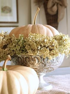❥ beautiful pumpkin and greenery in silver dish