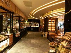 Mado - Ataköy A Plus AVM Bread Shop, Bakery Design, Shop Interior Design, Bakery