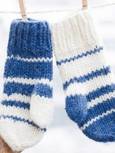 Knitting Instructions for Sweet Gloves Easy step-by-step: sewing and crafting instructions for all DIY enthusiasts Knit mittens step-by-step Always aspired to learn to knit, although not certain where to start? That Utter Beginner Knit. Knitted Baby Blankets, Knitted Hats, Learn How To Knit, Knit Mittens, Easy Knitting, Start Knitting, Knitting For Beginners, Knit Or Crochet, Sewing Equipment