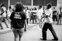 O movimento Soul do Beco nasceu em Ouro Preto ocupando os becos da cidade histórica , chegando agora no tradicional Beco do Rato no Rio de Janeiro com ingressos a R$5
