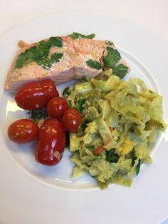 Niedriggarmethode: Lachs mit Wirsing und karamellisierten Tomaten