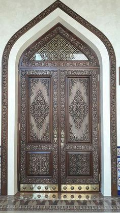 Interior Wood Doors – What You Must Look for While Buying Interior Wood Doors Wood Front Doors, Wooden Doors, Entry Doors, Rustic Doors, Entrance, Interior Barn Doors, Interior Exterior, Exterior Doors, Wooden Main Door Design