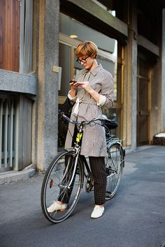 (via On the Street…..Sportswear Version of Day Into Evening, Milan « The Sartorialist)