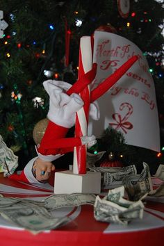 Inappropriate Elf on a Shelf (36 pics) - Seriously, For Real?Seriously, For Real?