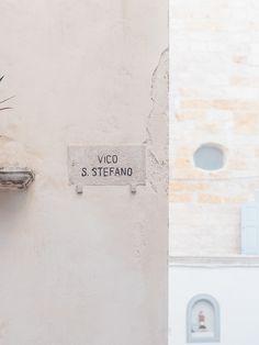 Tatiana. 23. Spain; art, music, cinema, literature, design, dogs; feminist; infj|virgo|ravenclaw.