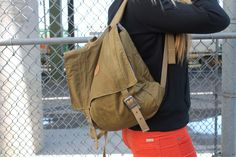 The 2014 Fall Style Guide, all the top trends, looks, and styles for fall! Looks for back to school and upcoming looks and trends for the cooler season! Burton Backpack, School Looks, School Fashion, Style Guides, Autumn Fashion, Label, Fashion Accessories, Backpacks, Bags