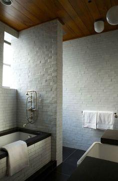http://rilane.com/bathroom/15-contemporary-black-and-white-bathroom-ideas/
