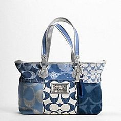I WANT THIS BAG!  But they don't have it on the official Coach site anymore :-(
