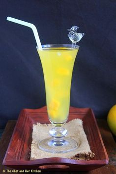 Summer has come to an end and the rainy season has just started in Mumbai.I have prepared this drink on one of those hot summer days las. Mango Drinks, Summer Drinks, Fun Drinks, Egg Boats, Mango Lemonade, Mango Pulp, Non Alcoholic Drinks, Cocktails, Kids Menu