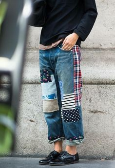 Fashion Patchwork Jeans Trend - Lilostyle Hassle-Free Walk-In Showers Article Body: Walk-in showers Patchwork Jeans, Patchwork Fabric, Sewing Clothes, Diy Clothes, Clothes Refashion, Looks Style, Style Me, Jean Rapiécé, Diy Fashion