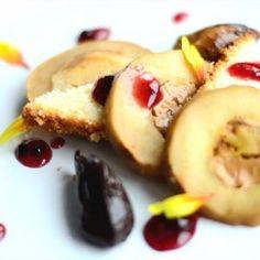 Prăjitură cu brânză și dulce de leche - Adi Hădean French Toast, Sweets, Breakfast, Food, Dulce De Leche, Candy, Cream, Morning Coffee, Gummi Candy