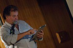 Georges Schnyder, Presidente da Editora 4 Capas, apresenta o caso da Prazeres da Mesa, uma de suas revistas que chegou ao iPad com a WoodWing. Foto: Guido Peters.