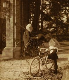 Father Time - UK, circa Not sure where else to put this. Great image tho, Vintage photo bearded man riding bicycle with scythe like grim / grimm reapers, and little girl on bicycle looking Velo Retro, Velo Vintage, Vintage Bicycles, Vintage Style, Vintage Pictures, Old Pictures, Vintage Images, Old Photos, Freund Hein