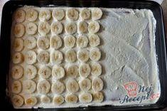 Krémový banánový sen - fotopostup | NejRecept.cz Rum, Bread, Food, Whipped Cream, Cacao Powder, Best Ever Banana Cake, Top Recipes, Tutorials, Meal