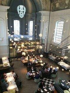 The Jane Restaurant - Antwerp, Belgium. Collaboration with Studio Piet Boon /// restaurant / ceiling light / suspension / the lion fish / decorative /// Contact us  - pslab.net