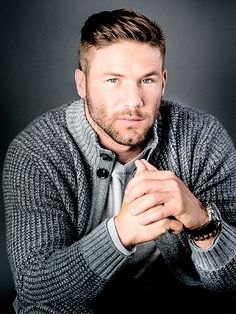 Football Player Julian Edelman Talks About the Patriots and the Super Bowl Julian Edelman, Moustache, New England Patriots Football, Evolution Of Fashion, Dapper Gentleman, Athletic Men, Sport Casual, Trends, Celebrity Hairstyles