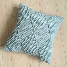 Ravelry: Project Gallery for Puder med Harlekintern pattern by Jeanette Bøgelund Bentzen