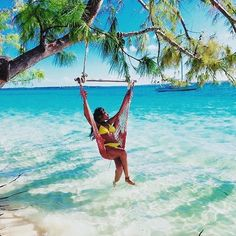 Living freely includes a swing over perfectly turquoise water!  #ESSENCEtravels #Bermuda (: @callme_k)
