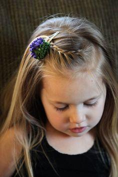Frisuren für kleine Mädchen Pony flechten 2 Minuten