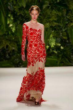 Naeem Khan Spring 2014: Latin Glamour.