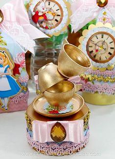 Tea Party Birthday, 8th Birthday, Princesa Alice, Ideas Para Fiestas, Alice In Wonderland, Candles, Alice In Wonderland Wedding, Sweet 15, Birthday Party Boys