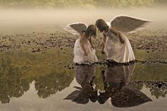 Thank you Jesus for the friends you bring into my life on a daily basis - the angels who bring encouragement everywhere they go...may I be that to someone else & let them see you instead of me...