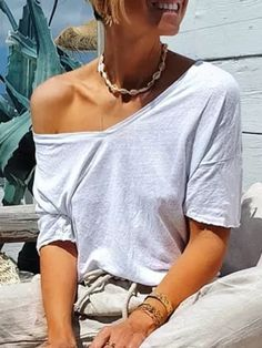 Casual Summer Outfits, Winter Outfits, Summer Clothes, Simple Shirts, Casual Shirts, Leggings Outfit Winter, T Shirts For Women, Clothes For Women, Types Of Sleeves