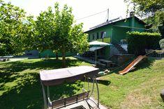 Das Gruppenhaus Riazzino liegt zwischen Bellinzona und Locarno und umfasst 4 Wohneinheiten . Tenero ist 3 km entfernt. Ideal für Wanderungen ins Verzasca... Outdoor Furniture Sets, Outdoor Decor, Home Decor, Bath Shower, Locarno, Homes, Decoration Home, Room Decor, Home Interior Design