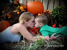 Alaina loves to kiss her mom and Dad. Would love to capture before she doesn't want to anymore!