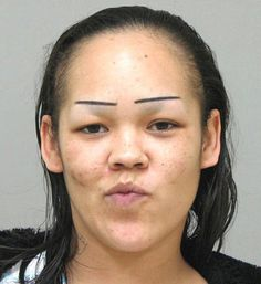 19 of the Worst Eyebrows Ever! hahaha.SO funny
