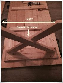 VillaWikan: DIY: spisebord Diy Dining Table, Diy Farmhouse Table, Pallet Projects, Diy Kitchen, Diy And Crafts, Pergola, Sweet Home, Woodworking, Homemade