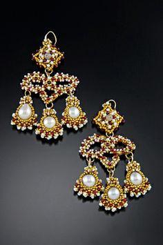 17th century earrings - Google Search