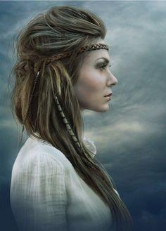 Breeze- Hound of Elexorien