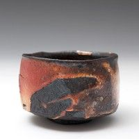 Lisa Hammond & her black earth, red iron oxides, the woman knows her glazing- Chawan Ceramic Pinch Pots, Ceramic Clay, Ceramic Bowls, Ceramic Pottery, Pottery Art, Slab Pottery, Pottery Studio, Stoneware, Japanese Ceramics