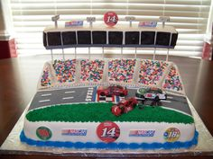 Nascar Cake I made this a for a friend that is a HUGE NASCAR fan who likes to go to the Texas Motor Speedway in Dallas. She loves Tony. Nascar Cake, Nascar Party, Race Car Party, Boy Birthday Parties, Birthday Cakes, 9th Birthday, Birthday Ideas, Beautiful Cakes, Amazing Cakes