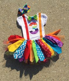28 Circus Carnival Themed Birthday Party Ideas for Kids - Diy Food Garden & Craft Ideas Clown Party, Circus Carnival Party, Circus Theme Party, Carnival Birthday Parties, Circus Birthday, Rainbow Birthday, Circus Food, Rainbow Tutu, 2nd Birthday