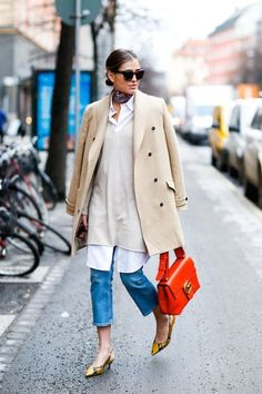 c1cc9a644cf The stylish blogger successfully managed to incorporate numerous key trends  of the season including  a